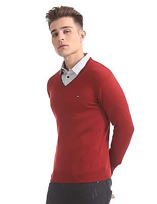 Arrow Sports V-Neck Solid Sweater