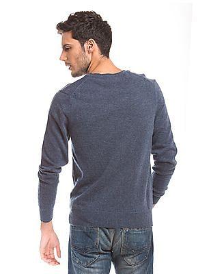 Izod Slim Fit V-Neck Sweater