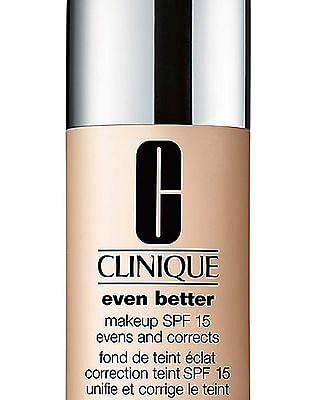 CLINIQUE Even Better Makeup SPF 15 - Cashew