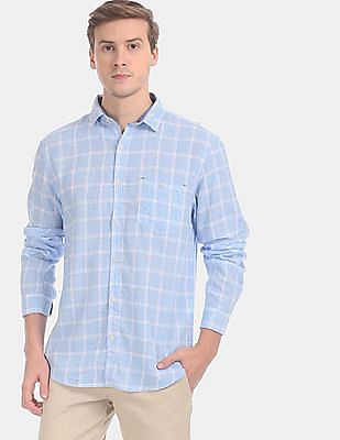 Cherokee Men Blue Cutaway Collar Check Casual Shirt