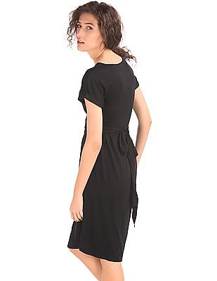 GAP Women Black Short Sleeve Front Tie Dress