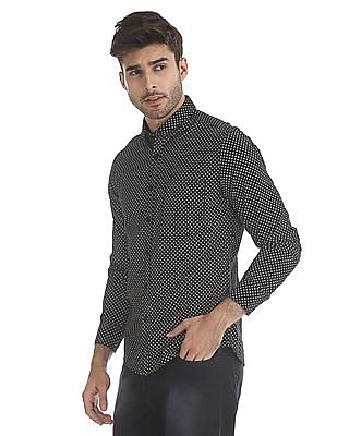 Flying Machine Black Cutaway Collar Patterned Shirt