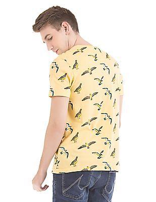 Bayisland Slim Fit Bird Print T-Shirt