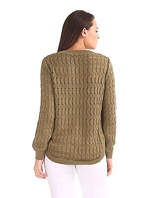 Arrow Woman Crew Neck Cable Knit Sweater